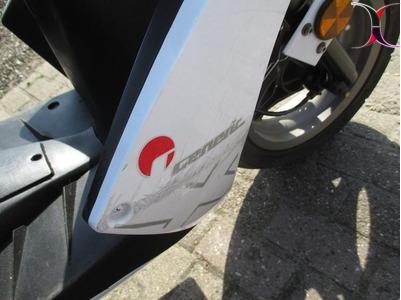 *** GENERIC XOR-50 scooter BJ 2007 NU 299,-! ***